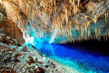 bonito-gruta-do-lago-azul