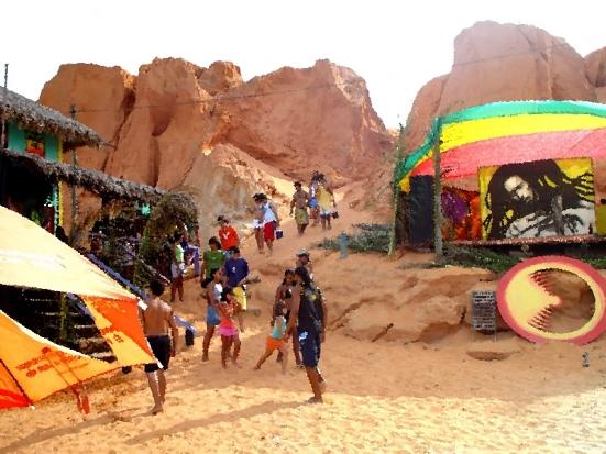 canoa_quebrada_foto_barraca_freedom_reggae_show